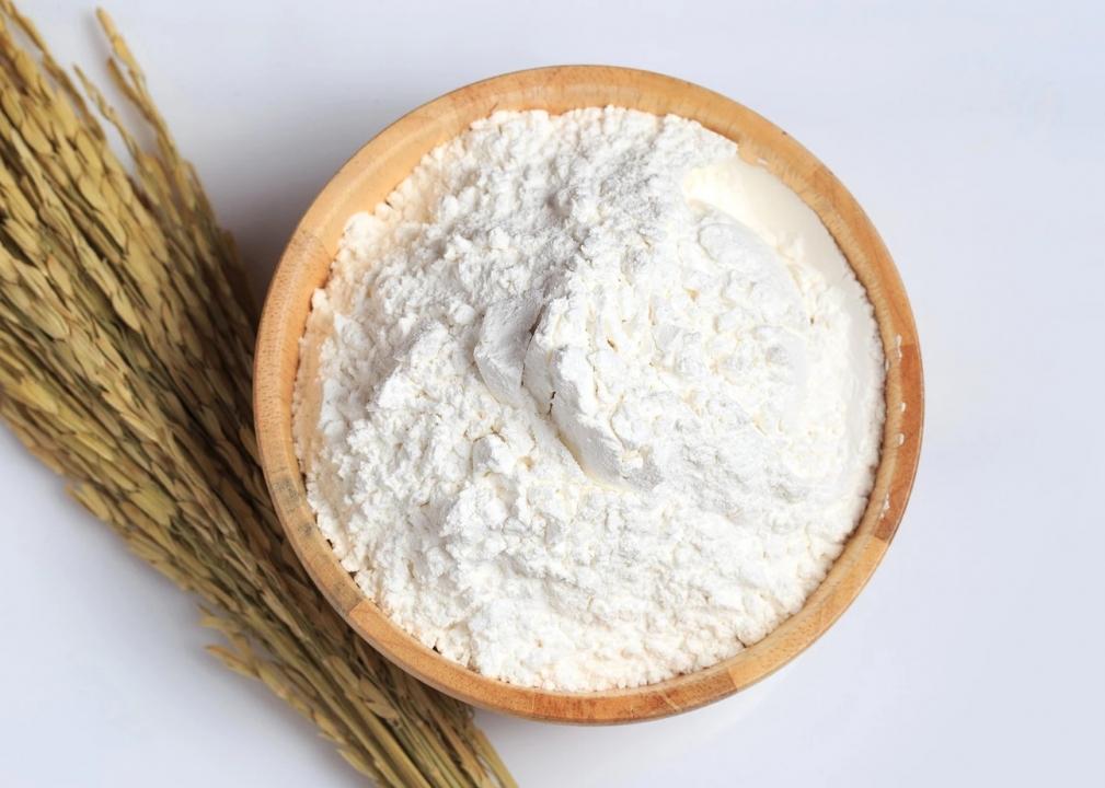Bột gạo? Cách phân biệt bột gạo tẻ và bột gạo nếp?
