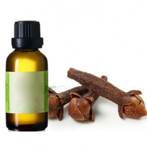 Clove leaf essential oil with best price and quality from india